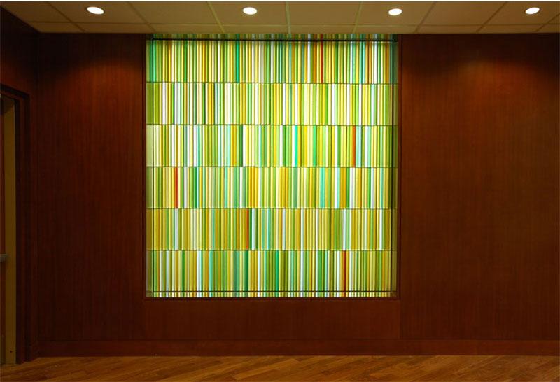 Chapel glass art wall by Paul Housberg: Florida Hospital