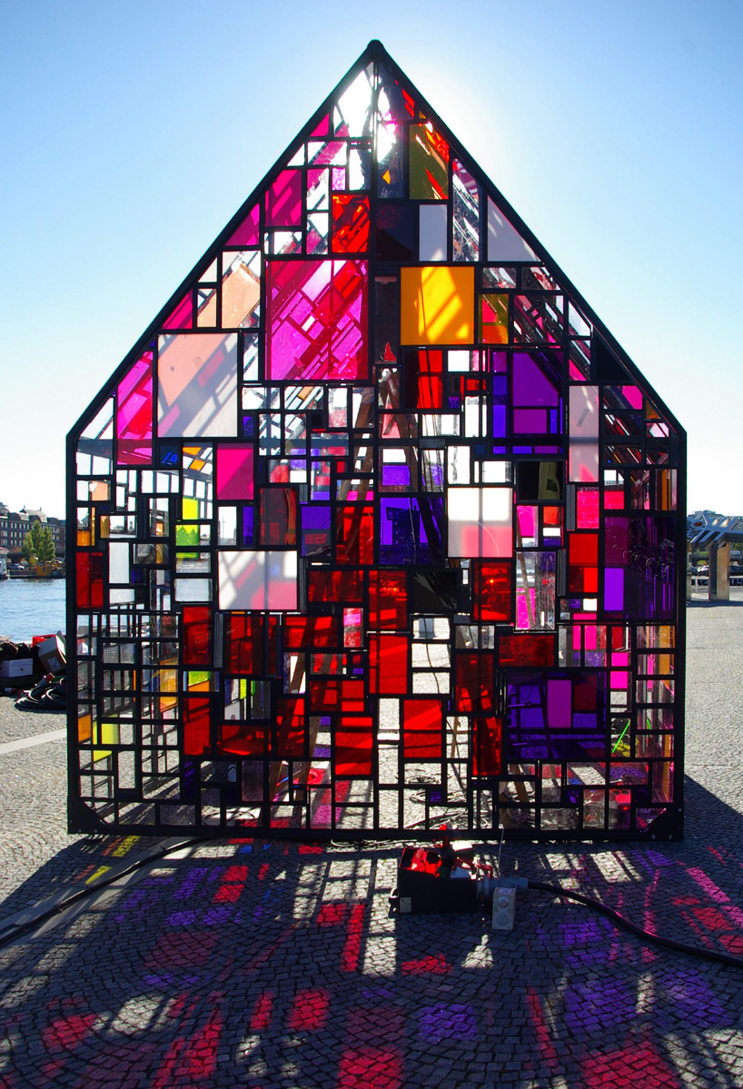 stained glass sculptures by tom fruin. Black Bedroom Furniture Sets. Home Design Ideas
